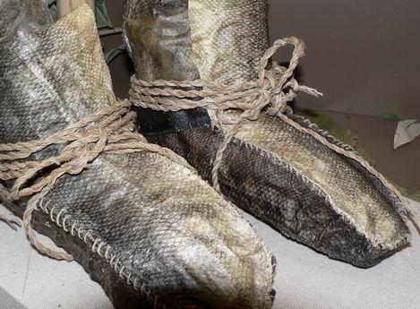 サケ靴.jpg